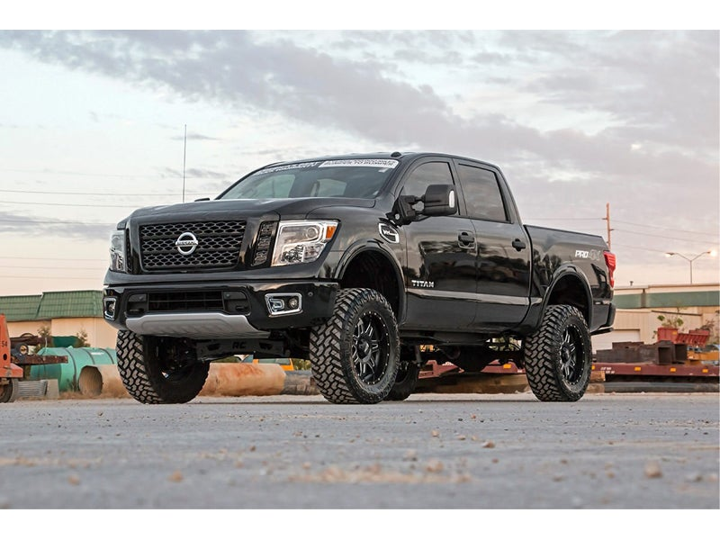 Lifted Nissan Titan >> 87820a Rough Country 6 Inch Suspension Lift Kit For The Nissan Titan