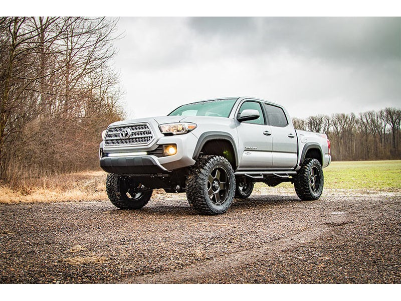 Rough Country 4 inch Suspension Lift Kit for the Toyota Tacoma, 4WD