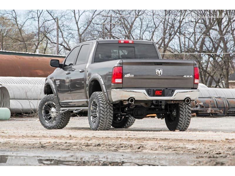Rough Country 6 Inch Dodge Ram 1500 Suspension Lift Kit 33223 Rear View
