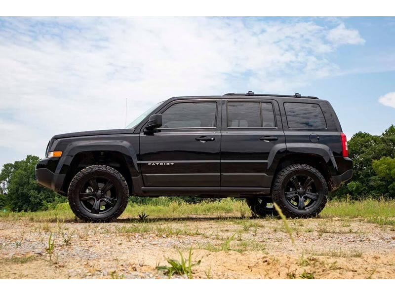 66500 Rough Country 3 5 Inch Lift Kit For The Jeep Patriot Compass