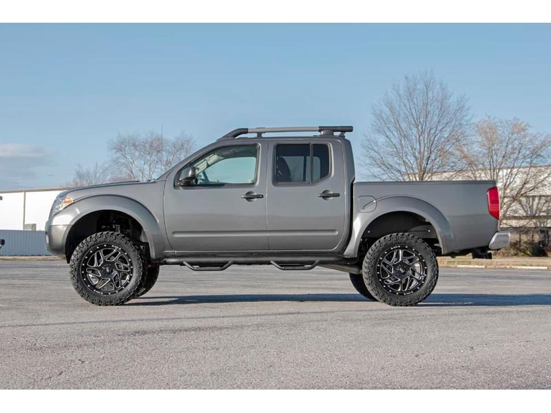 Rough Country 6 Inch Suspension Lift Kit With Lifted Struts For The Nissan Frontier 2wd 4wd