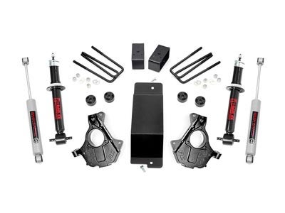 Rough Country 3.5 inch Suspension Lift Kit with Lifted Struts for the Silverado, Sierra 1500 4WD RC12132
