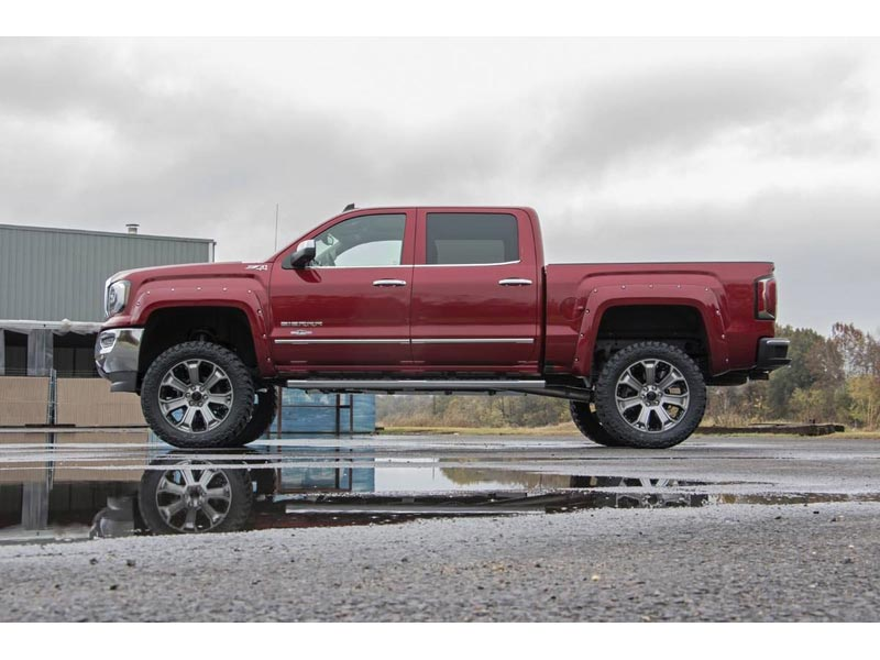 Rough Country 7 Inch Suspension Lift Kit 17225 Side View