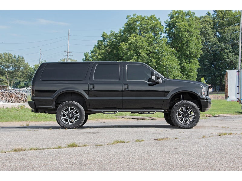 Rough Country 3 inch Suspension Lift Kit for the Ford Excursion, 4WD