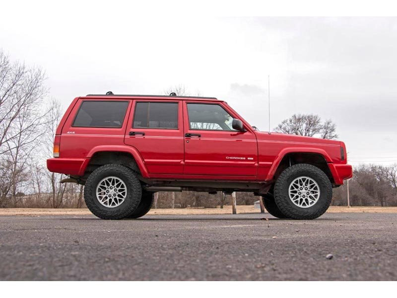 670xn2 Rough Country 3 Inch Series Ii Suspension Lift Kit For The