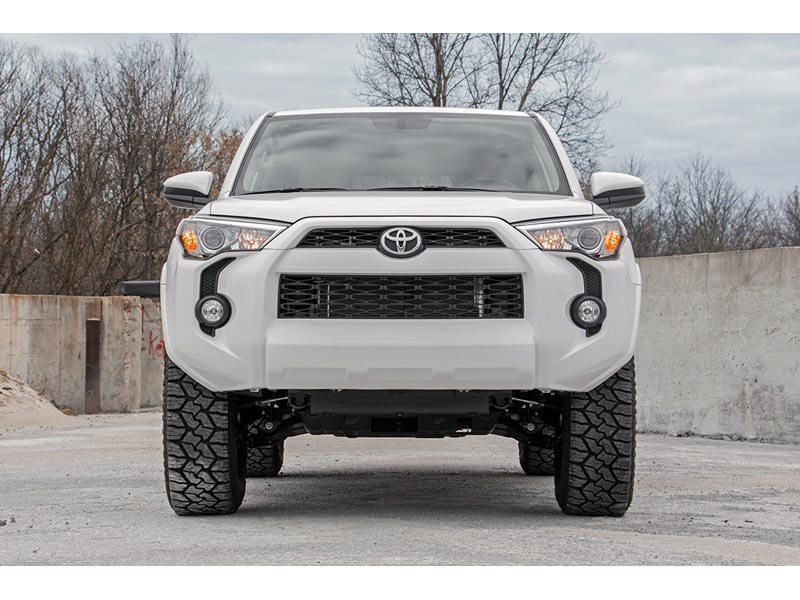 Rough Country 3 inch Suspension Lift Kit for the Toyota 4-Runner 4WD