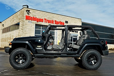 Jeep Lift Kit >> Rough Country 2 5 Inch Suspension Lift Kit For The Jeep Wrangler Unlimited 2wd 4wd