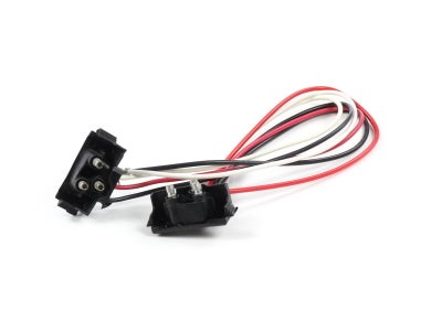 VSM91282 - Two 3-Prong Plugs on a String Harness for 60 Series, 64 Series Lamp Panels
