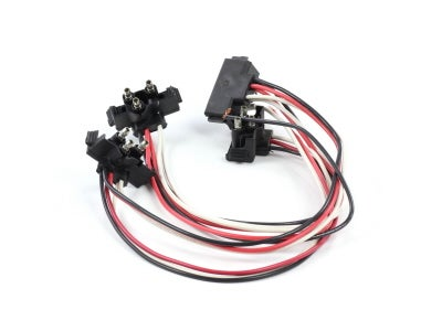 VSM91284 - Four 3-Prong Plugs on a String Harness for 60 Series, 64 Series Lamp Panels